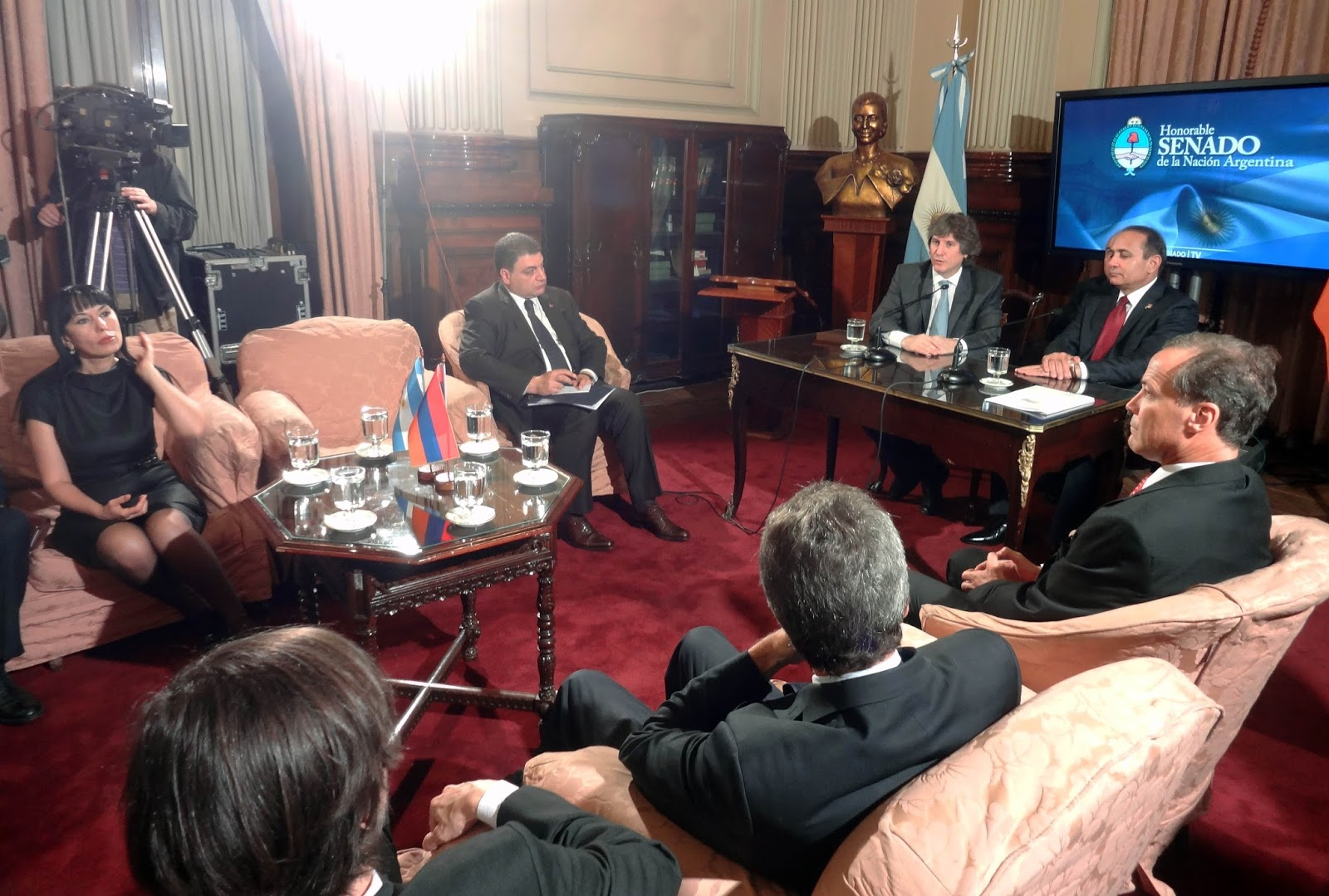 Vice President Amado Boudou with the Armenian delegation