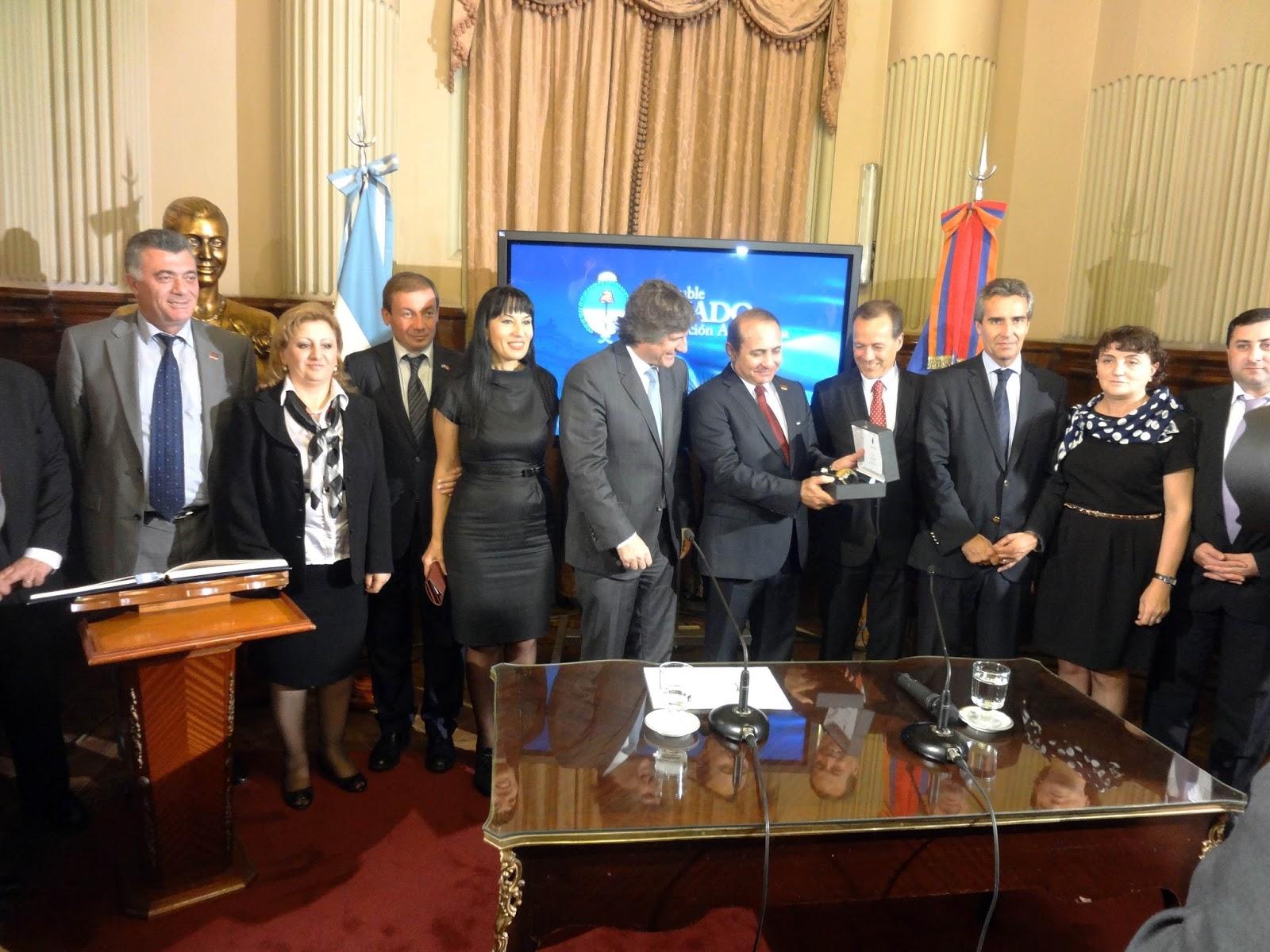 Amado Boudou with the Armenian delegation