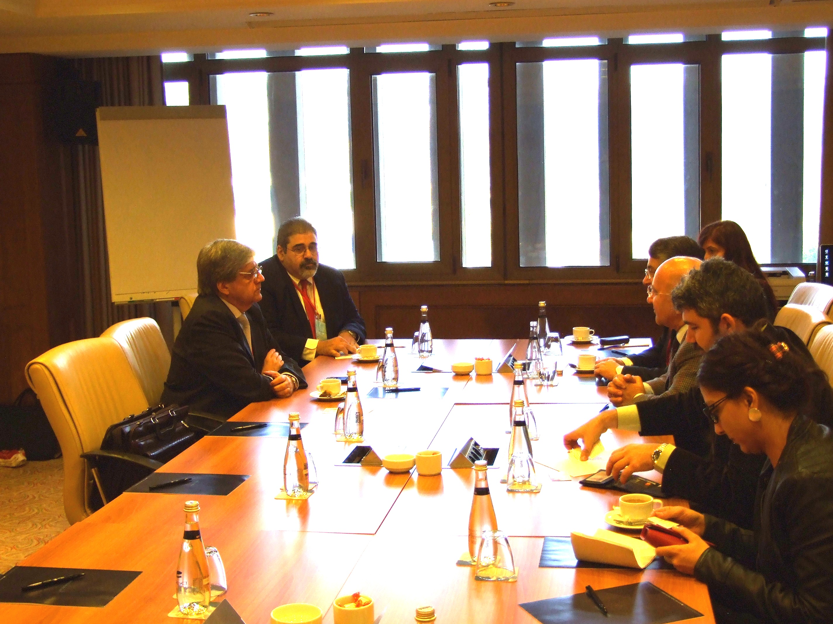 ARF-D members Mario Nalbandian and Giro Manoyan (on the left) meet with the BDP delegation