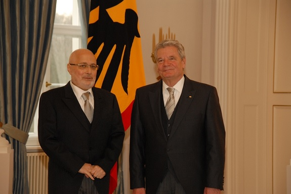 Armenian Ambassador to Germany Vahan Hovannisyan (left) with German President Joachim Gauck in Berlin, Germany