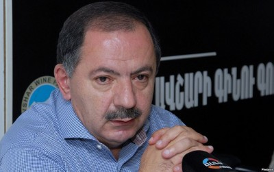 Armenia - Aghvan Vartanian, a leader of the Armenian Revolutionary Federation, at a news conference in Yerevan, 19Sep2014.